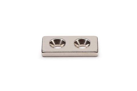 Неодимовый магнит прямоугольник 25х12х3 мм с двумя зенковками 3.5/7 мм