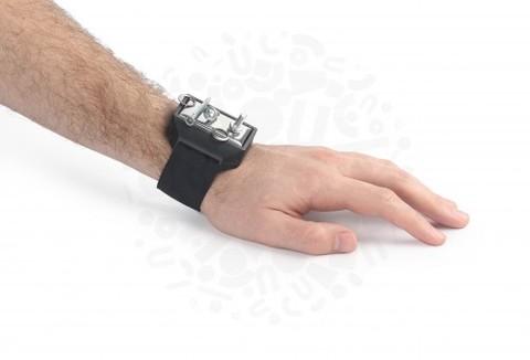 Напульсный браслет с магнитным держателем для метизов