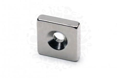 Неодимовый магнит прямоугольник 12х12х3 мм с зенковкой 3.5/6 мм N33SH
