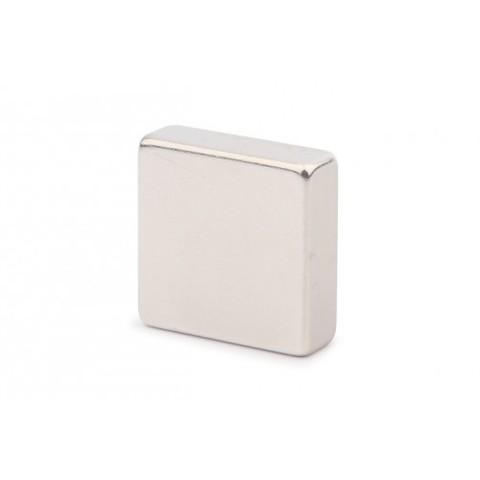 Неодимовый магнит прямоугольник 30х30х10 мм, N50